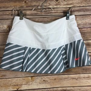 Nike Dri-Fit Tennis Shorts Size M
